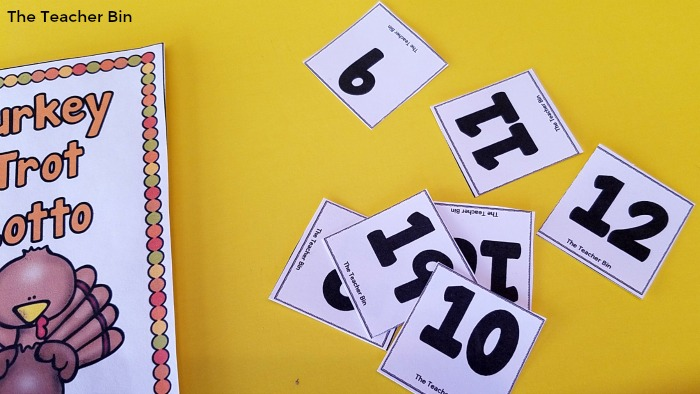 Ten frame math game with a Thanksgiving Theme! This is an awesome Thanksgiving Math Activity! It's great for working on teen numbers and ten frames! #thanksgivingactivities #thanksgivingmathgames #tenframes #teennumbers