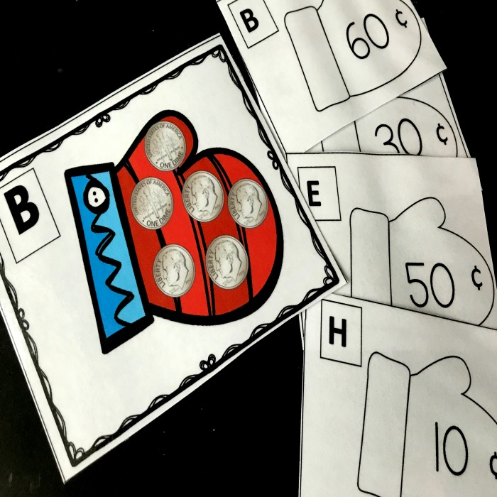 Fun Kindergarten Hats and Mittens coin game. Kids will love learning to recognize coins and count their values. This game includes cards with nickels, dimes and quarters.